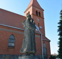 Dólsk-figura przy kościele