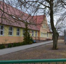Iwiec-szkoła