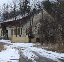 Lnianek-dwór przebudowano w latach 60-tych XXw