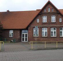 Lniano- budynek szkoły podstawowej