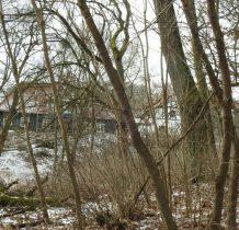 Gródek-dwór z XVIII w-należy do najstarszych drewnianych dworów Pomorza