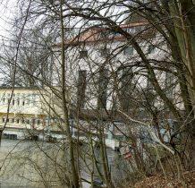Żur- kanał o długości 900m doprowadza wodę do elektrowni