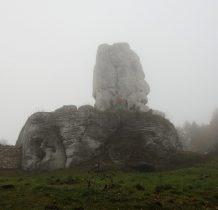 na okolicznych skałkach wspinaja się