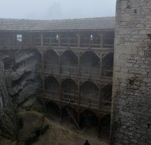 wyposarzenie zamku sprzedano