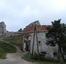 w XVI wieku na zamku bywali u Tęczyńskich  -Kochanowski i Rej