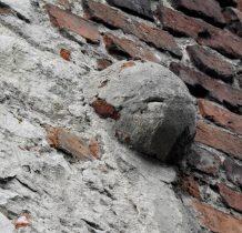 na murach wieży