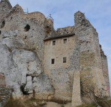 zamek rozbudowywali kolejni włściciele