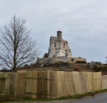 przed nami ruiny zamku