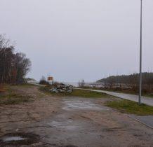 Dziwnów-droga w kierunku falochronu zachodniego
