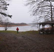 Dziwnów-miejsce biwakowe nad jeziorem