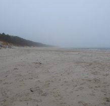 Dziwnów-stojac na drabince falchronu pierwszy raz widzimy plażę