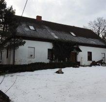 Grodziec-budynek szkoły