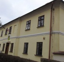 Grodziec-zabytkowy budynek dawnego zarzadcy folwarku