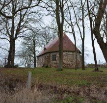 Górki-teren kościelny do 1945 roku pełnił funkcje cmentarza