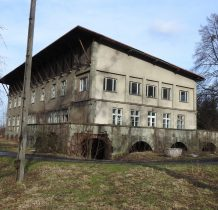 Górki Wielkie-po wojnie budynki zaadoptowano na sanatorium