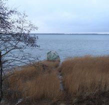 Wyspa Chrzaszczewska-Głaz Królewki na wodach Zalewu Kamieńskiego