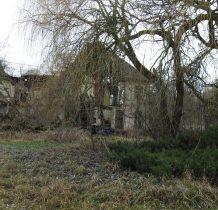 Dobropole-ruiny dworu z 1777 roku