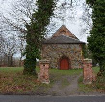 Sibin-kościółek przy samej drodze