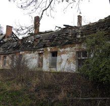 Miłachowo-ogień strawił dach i tak ten piękny obiekt niszczeje kompletnie