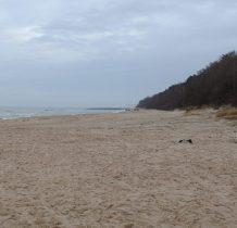 Pustkowo-idziemy na plażę-w oddali Trzęsacz