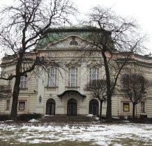 budynek teatru powstał w 1909 roku