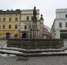 poczatki fontanny sięgaja 1679 roku