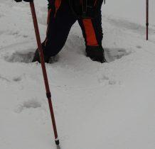 przy takiej głębokości śniegu szybko opadniemy z sił