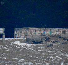 Chechło-ruiny bunkra przy punkcie widokowym-z bardzo daleka