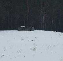 pod lasem bunkier-punkt obserwacyjny