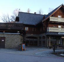poniżej Hotelu Gołębiewski