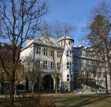 zabytkowe budynki szkolne
