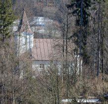 nad nia kościółek-kaplica