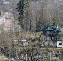willa i kościół przy cmentarzu na Groniczku