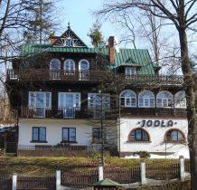 Willa Jodła-najstarszy działajacy dom wypoczynkowy w regionie z 1920 roku