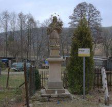 Bolesławów-kamienna rzeźba św.Nepomucena z 1728 roku
