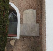 na murach kościoła