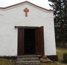 kapliczka przy kościele