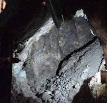 w tym czasie w okolicy rozpoczęto na duża skalę pozyskiwanie złóż marmuru