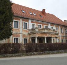 dwór w Konradowie powstał XVIII wieku