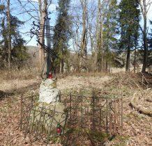 zabytkowy cmentarz