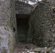 od góry pieca wsypywano na przemian kamień i paliwo
