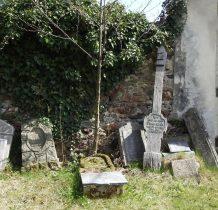 z cmentarza kościelnego