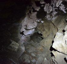 zwiedzanie jaskini bez udogodnień