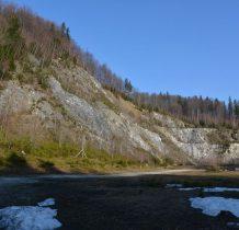 po odkryciu Jaskini Niedźwiedziej kamieniołom zamknięto