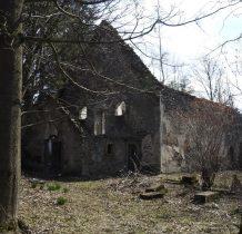 kościół opuszczony po 1945 roku