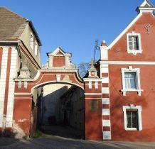 zabytkowy kompleks  z ok.1860 roku