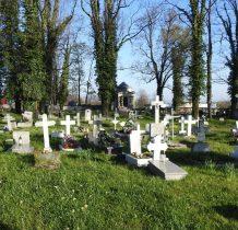 cmentarz-obecnie komunalny- z  XVI wieku
