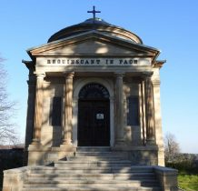 portyk mauzoleum