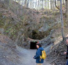 wejście do Sztolni Czarnej znajduje się w górnej części Złotego Jaru