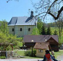 gościniec i kościół